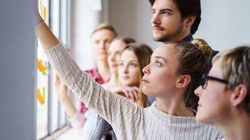 Dekra hochschule f r medien 3 bachelor studieng nge for Mediendesign fernstudium